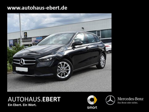 Mercedes-Benz B 200 d Augmented Reality