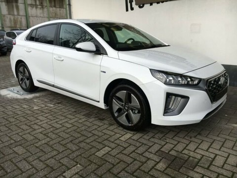 Hyundai IONIQ Style Hybrid