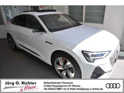 Audi e-tron S Sportback S line 55 quattro Lede