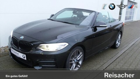 BMW M235i Sport xDrive Cabrio Driving Assistant