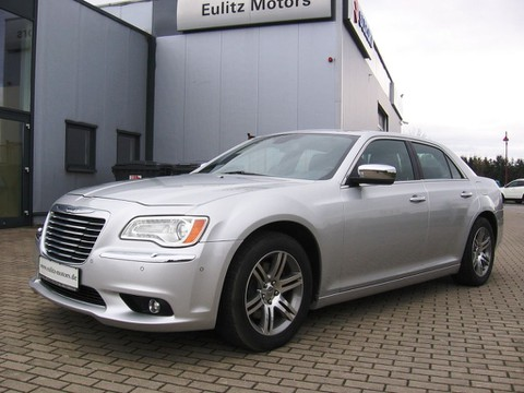 Lancia Thema 3.6 Platinum Chrysler 300C Optik