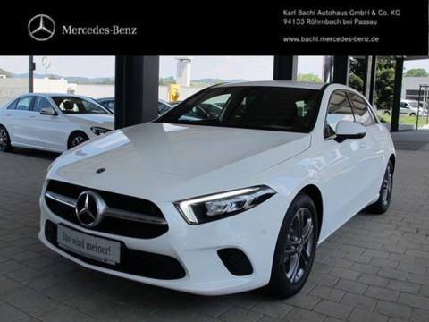 Mercedes-Benz A 200 Style MBUX Premium