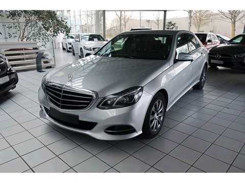 Mercedes-Benz E 220 undefined