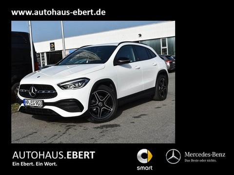 Mercedes-Benz GLA 180 AMG Line MBUX Paket