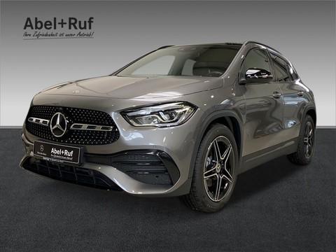 Mercedes-Benz GLA 200 AMG MBUX-HIGH-END