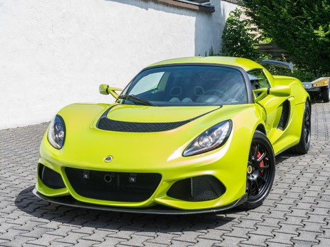 Lotus Exige Sport 390 ISOTOPE GREEN by LOTUS HAESE