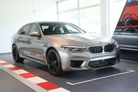 BMW M5 Limousine Gestiksteuerung B&W Surround
