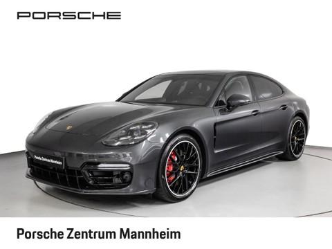 Porsche Panamera GTS 21