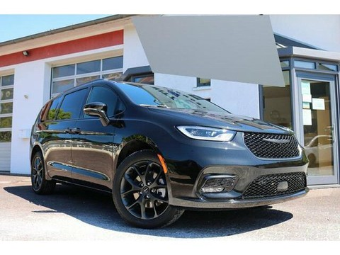 Chrysler Pacifica undefined