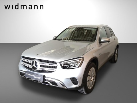 Mercedes-Benz GLC 300 e MBUXCarPlay