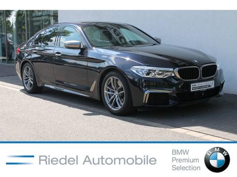 BMW M550 i xDrive adapLED