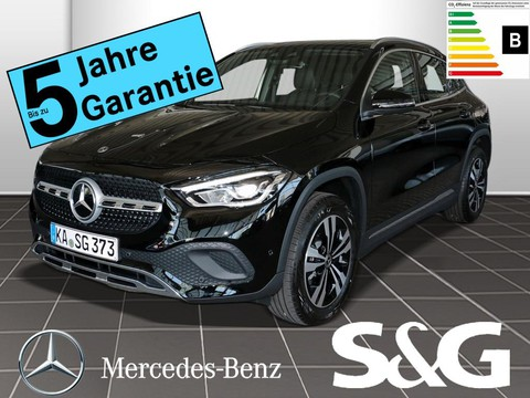 Mercedes-Benz GLA 200 PROGRESSIVE Kamara MBUX-High-End-Pak