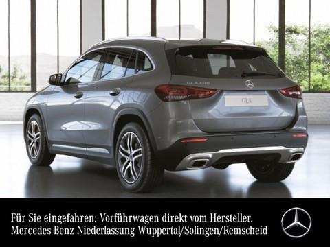 Mercedes-Benz GLA 200 Spurhalt Easy-Pack