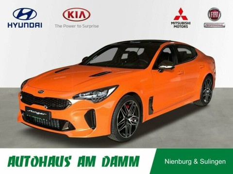 Kia Stinger 2.2 T AWD AT8 GT UPE 679
