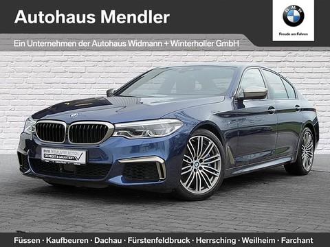 BMW M550 i xDrive Limousine Ferngesteuertes Parken