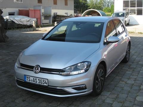 Volkswagen Golf 1.5 TSI Comfortline VII Soundück