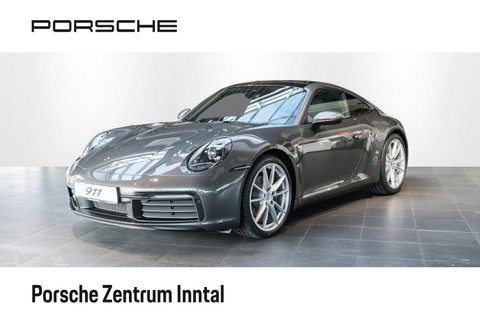 Porsche 992 (911) Carrera 4    