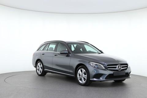 Mercedes-Benz C 220 2.0 143kW