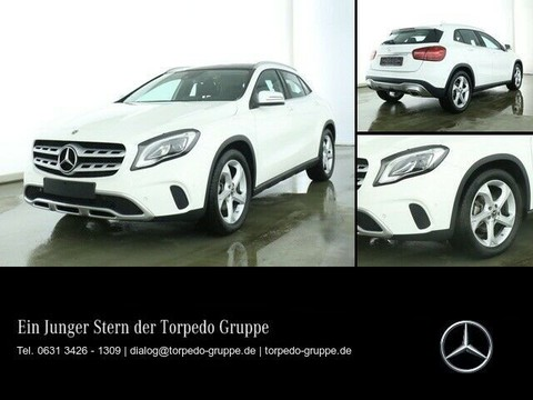Mercedes-Benz GLA 200 MEDIA