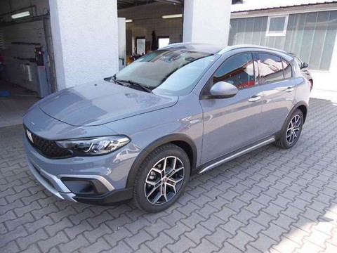 Fiat Tipo 1.6 Cross D Abstandstempoma