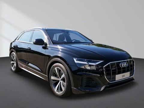 Audi Q8 55 TFSI quattro