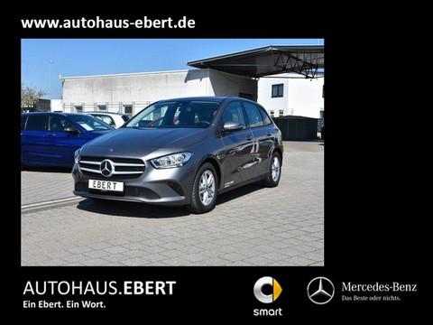 Mercedes-Benz B 180 MBUX
