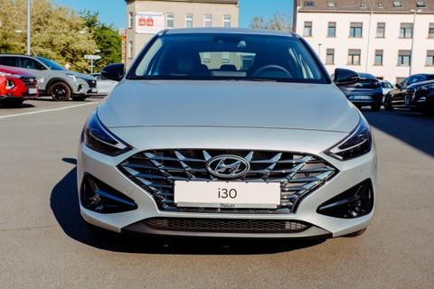 Hyundai i30 1.5 Intro Benzin