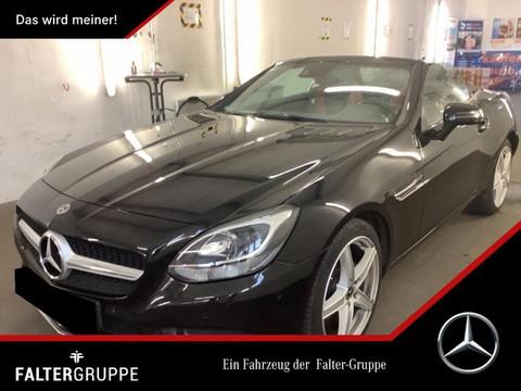 Mercedes-Benz SLC 180 rot