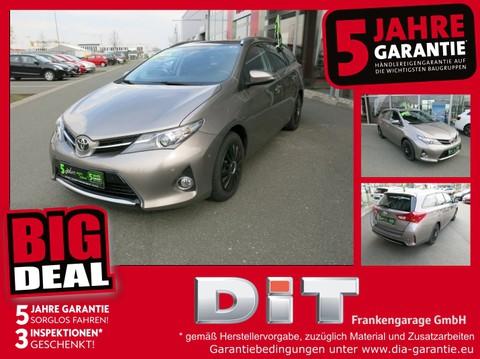 Toyota Auris Touring Sports 1.6 Life 8-fach bereift