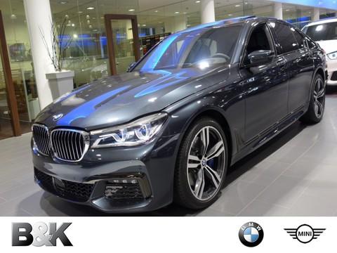 BMW 750 iüssel