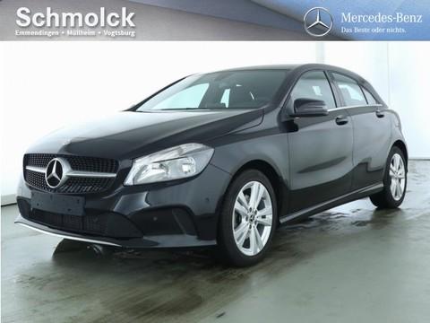 Mercedes A 180 Urban Business-P Media-Displ