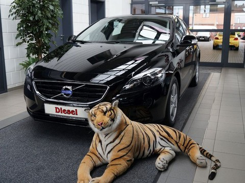 Volvo V40 D2 Your