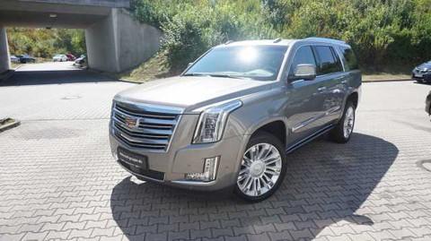 Cadillac Escalade 6.2 V8 PLATINIUM AWDAT8