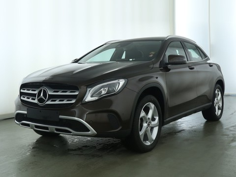 Mercedes-Benz GLA 220 d Urban °