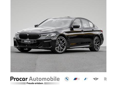 BMW 545 0.0 e xDrive Limousine Prof Touchscreen Multifunktion Räder Euro 50 Leasingsonderzahlung