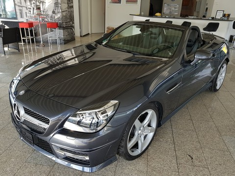 Mercedes SLK 200 AMG-Line