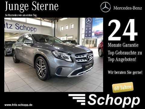 "Mercedes-Benz GLA 220 URBAN MEDIA 8"" SPIEG"
