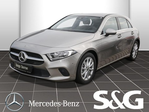 Mercedes-Benz A 200 Progressive R MBUX