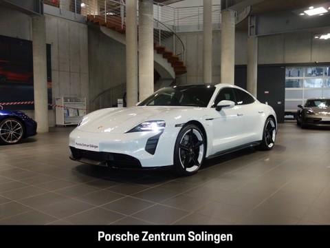 Porsche Taycan Turbo 21-Zoll Hinterachslenkung